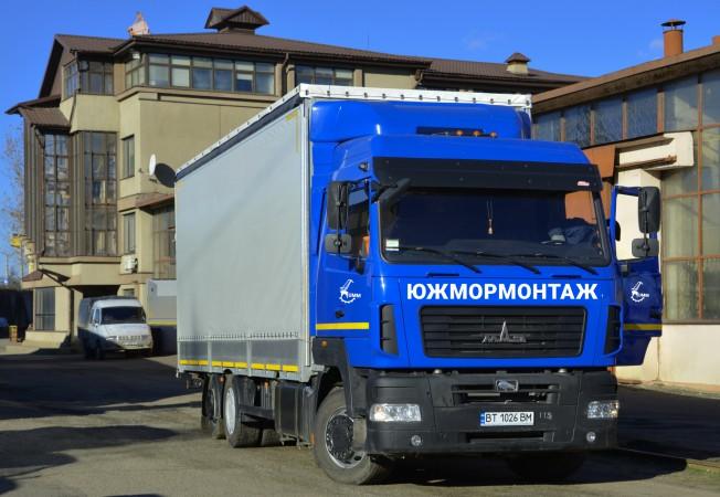 Крытый грузовой автомобиль МАЗ, грузоподъемность до 12 тонн