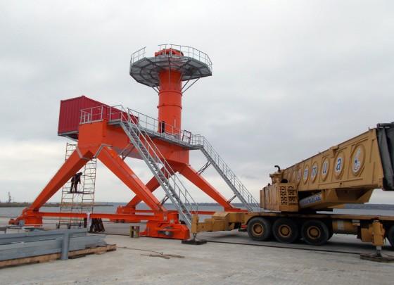 Монтаж портала судопогрузочной машины NEUERO SHIPLOADER SL 1000