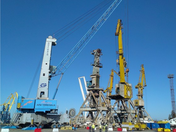 Overhaul repair of Kondor portal cranes, Port of Poti