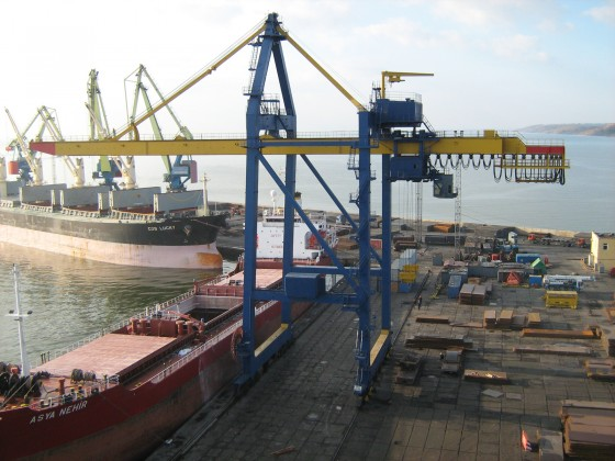 Overhaul repair of STS container crane, Mariupol STP
