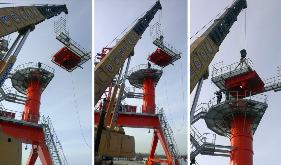 Installation of the middle part of the tower of the NEUERO SHIPLOADER SL 1000