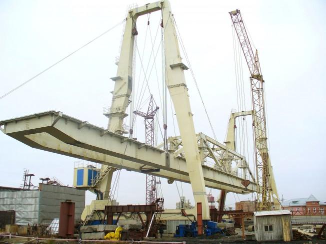 Мостовые и консольные краны